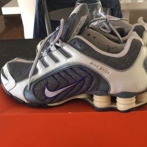 Nike Shox + Premium Sparkle Navina Running Shoe